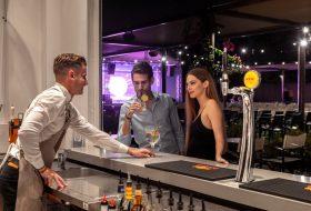 Entertainment Bar